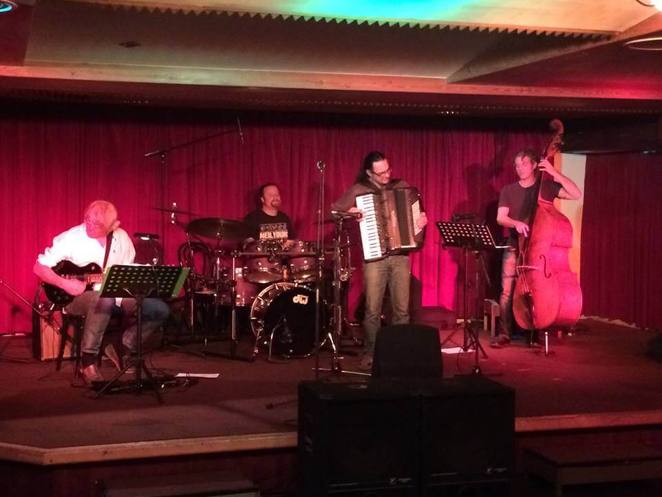 Jazz Compress Davis Wien