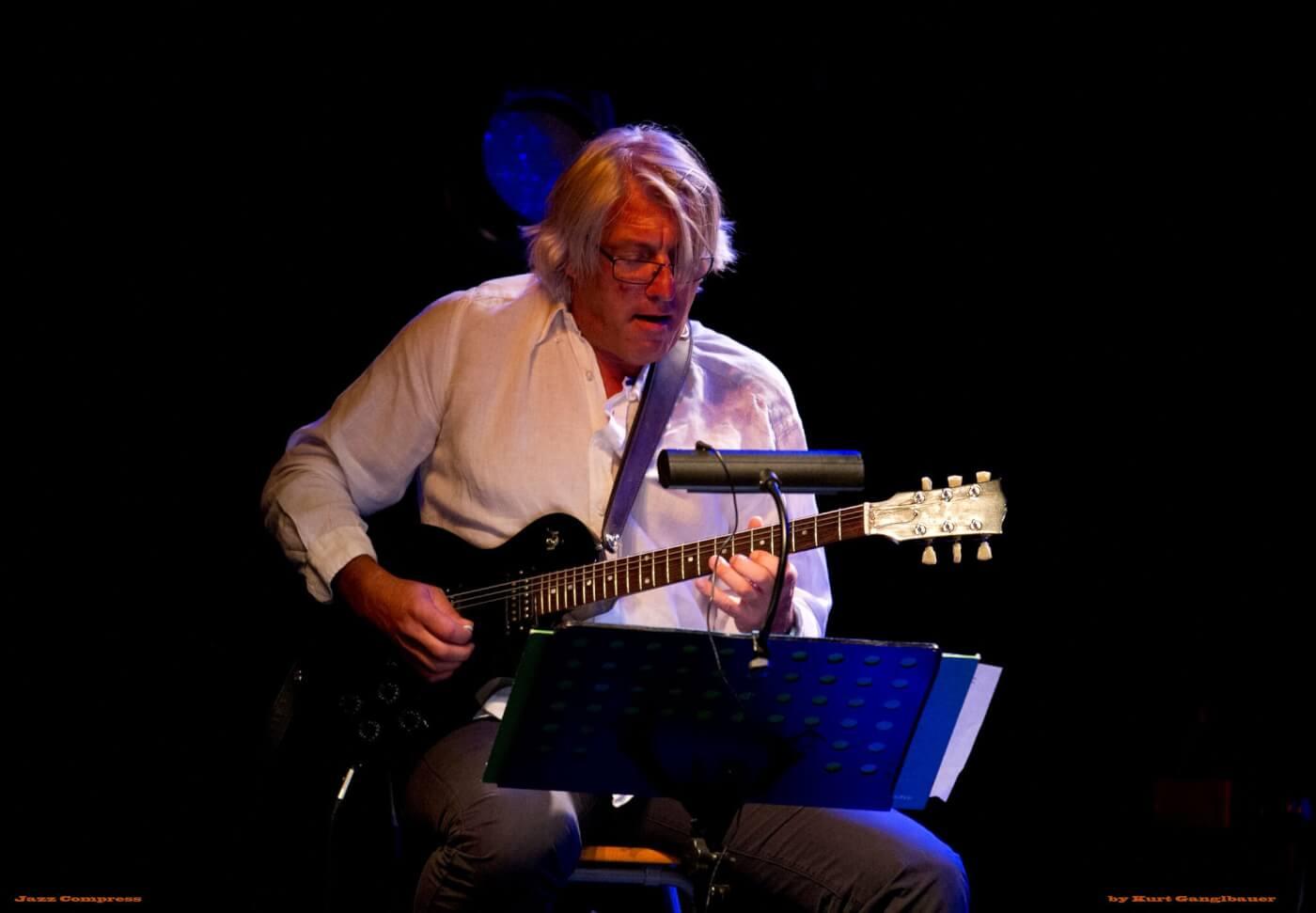 Ernie Lindenfelser - Jazz Compress